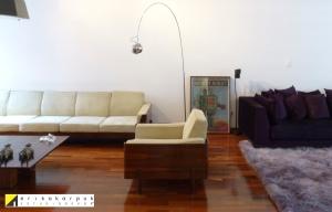 Salas e cozinha integradas transformaram o AP em um lindo loft. . Projeto Erika Karpuk