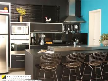 Cozinha aberta e integrada à sala - Projeto Erika Karpuk