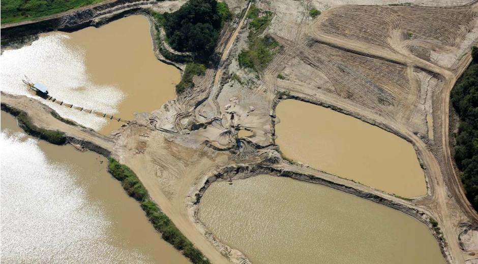 http://www.meon.com.br/noticias/regiao/cetesb-multa-mineradora-por-extracao-de-areia-no-rio-paraiba